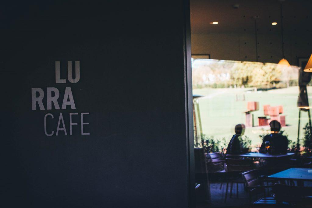 lurra cafe es la cafeteria del museo